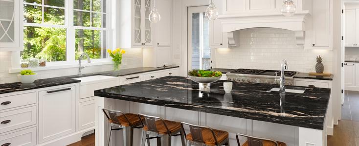 granito-cocina-blanca-negra-franjos